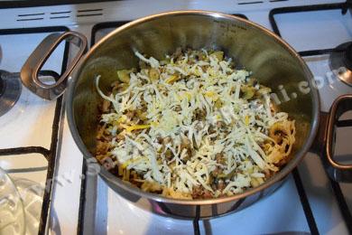 اضافه کردن پنیر