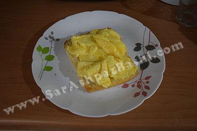 تخم مرغ روی نان