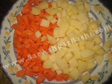 خرد کردن سیب زمینی و هویج