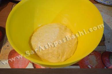 خمیر در ظرف