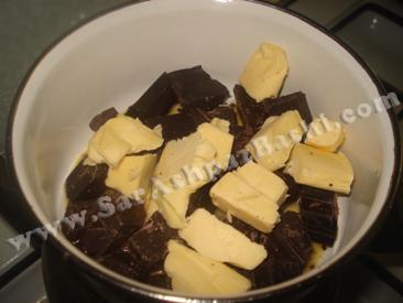 ذوب کردن کره و شکلات