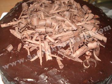 شکلات روی کیک