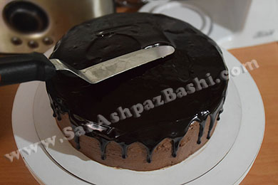 صاف کردن روی کیک با پالت