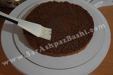مرطوب کردن کیک