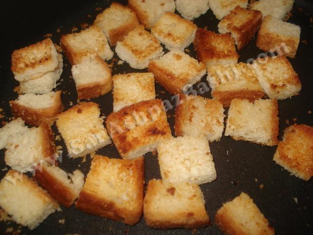 نان تست در حال گریل شدن
