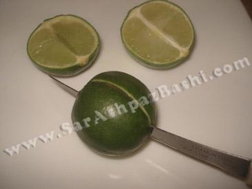 نصف کردن لیموها