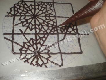نقاشی با شکلات