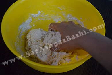 ورز دادن خمیر