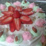 کیک اسفنجی آوا