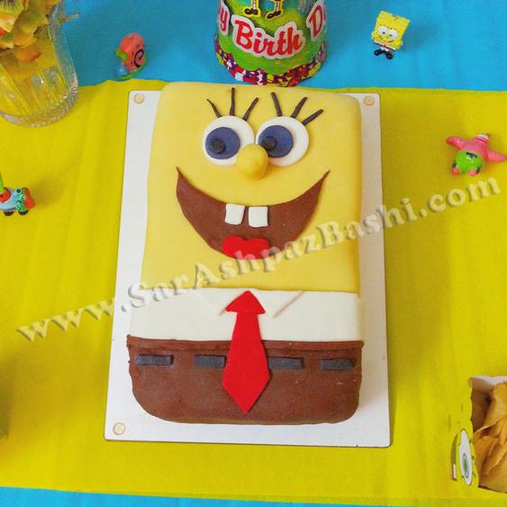 کیک روکش شده با فوندانت