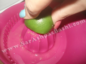 گرفتن آب لیموها